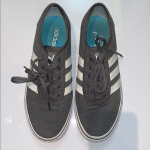 Adidas sneakers runners 3 stripes athletic shoes